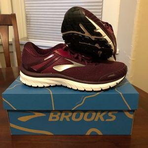 Brooks GTS Adrenaline 18